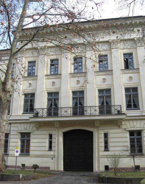 Robert Schumanns Arbeitszimmer In Der